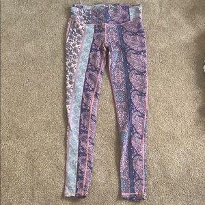 O'Neill paisley yoga pants